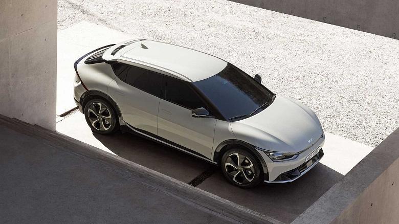 Электромобиль Kia EV6, посрамивший суперкары, вызвал большой интерес покупателей