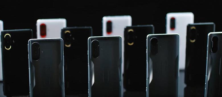 Сразу несколько смартфонов Redmi K40 Gaming Edition демонстрируют атмосферную подсветку камеры