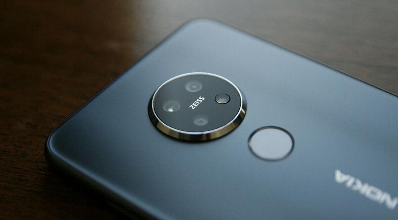 Смартфоны Nokia могут лишиться одной из своих главных особенностей, выделяющих их на рынке. У них может появиться собственная оболочка
