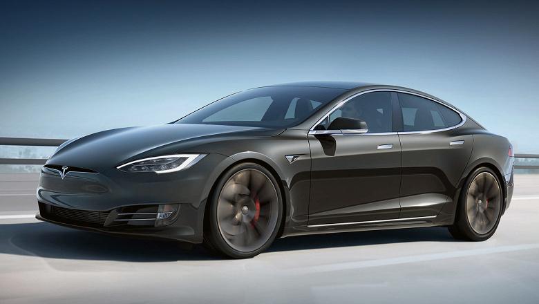 Tesla подорожала на $50 млрд за один день
