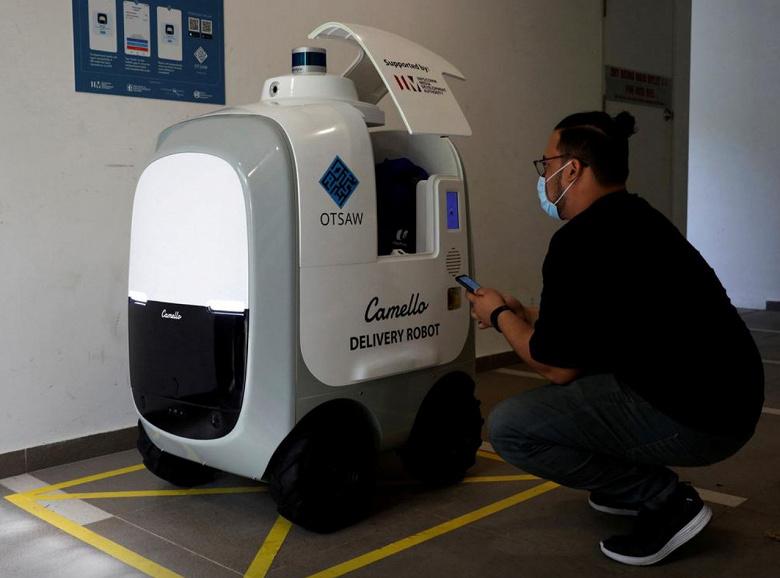 В Сингапуре началась доставка продуктов роботами Camello