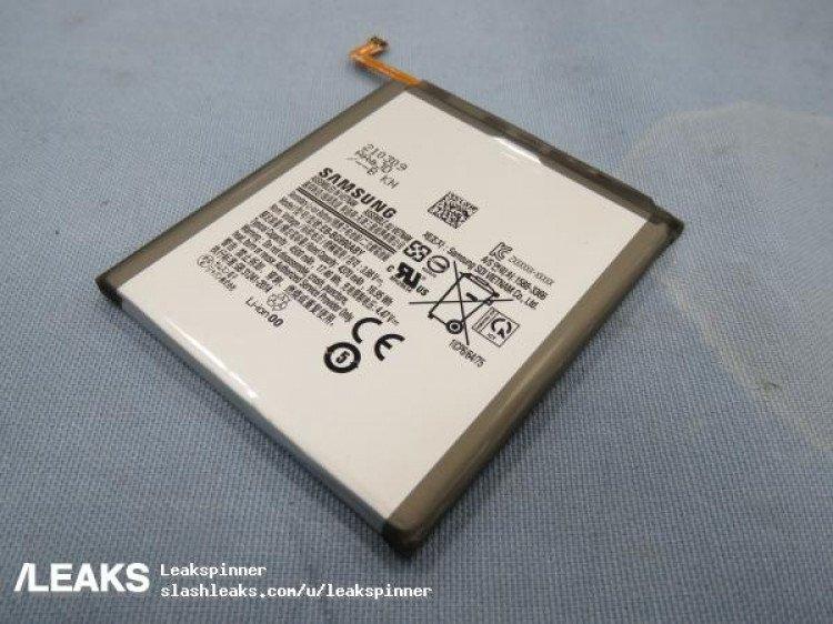 Живое фото подтверждает ёмкость аккумулятора Samsung Galaxy S21 FE