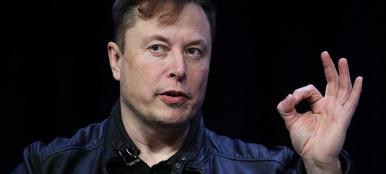 Илон Маск добавил в электромобили Tesla матерную команду