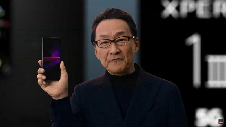 Snapdragon 888, экран 4К, 120 Гц, 4500 мА·ч, IP68, зарядка в комплекте, оптика Zeiss и… старые 12-мегапиксельные датчики изображения. Представлен компактный флагман Sony Xperia 1 III