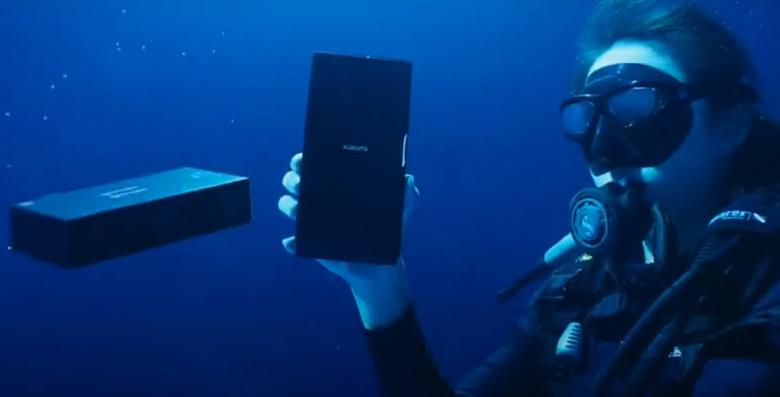 Суперфлагман Xiaomi Mi 11 Ultra стал звездой первой подводной распаковки