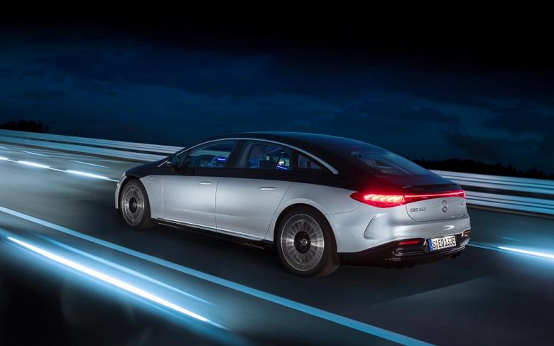Представлен роскошный электрический седан Mercedes-Benz EQS
