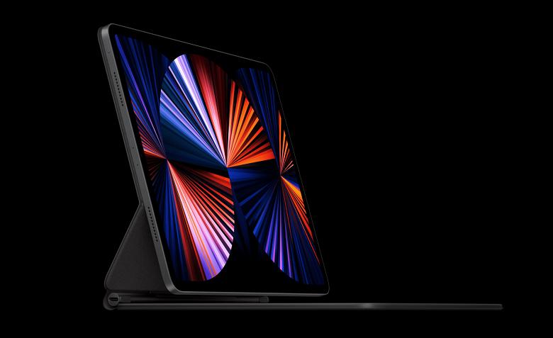 Тим Кук предупредил о дефиците iPad и Mac