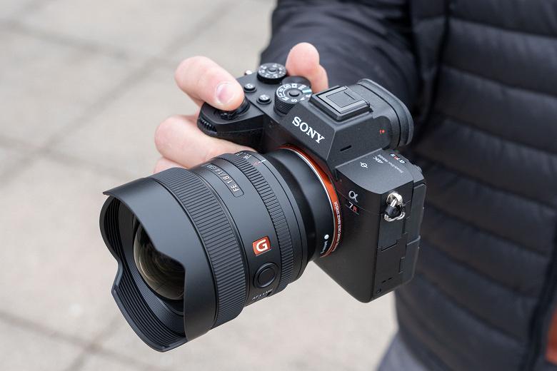 Представлен сверхширокоугольный объектив Sony FE 14mm F1.8 G Master