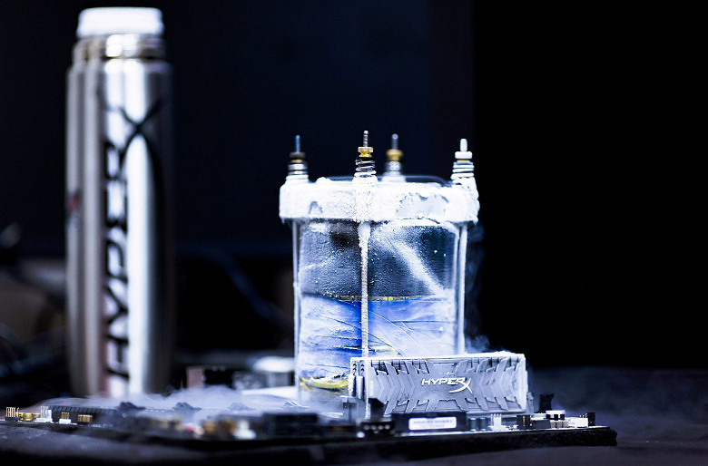 Модули памяти HyperX Predator DDR4 удалось разогнать до 7156 МГц
