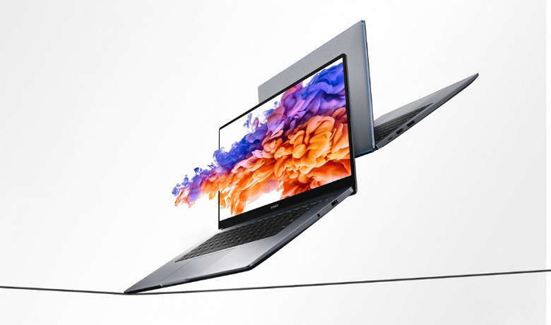Продажи новых ноутбуков Honor MagicBook в России выросли на 207%
