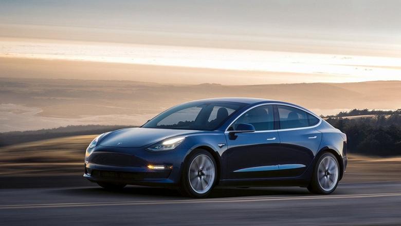 Чистая прибыль Tesla в первом квартале 2021 года  составила 438 млн долларов
