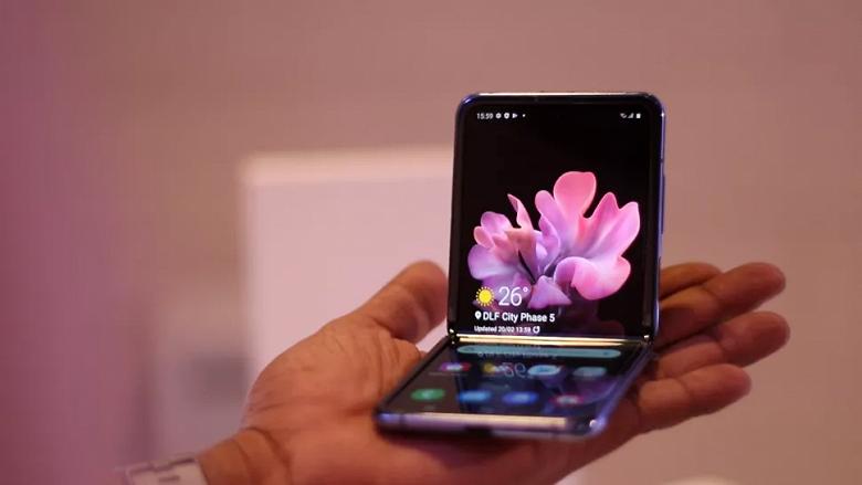 Следующая смартфон-раскладушка Samsung может оказаться намного дешевле предшественницы