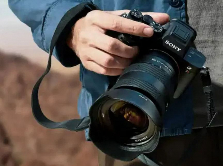 61 Мп, запись видео 8К, 759 точек автофокуса. Опубликованы характеристики полнокадровой беззеркальной камеры Sony Alpha A7R V