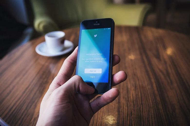 В России ускорили Twitter. Роскомнадзор частично снял меры по замедлению трафика
