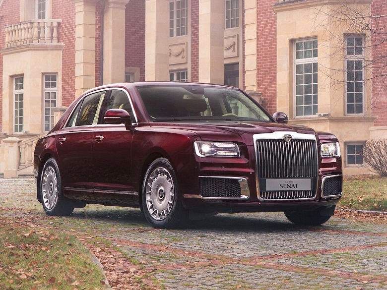 «Это качественная машина, соответствующая всем мировым стандартам», — Владимир Путин поздравил с началом производства российских люксовых автомобилей Aurus Senat