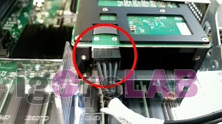 Эти видеокарты Intel получат 16 и 32 ГБ памяти HBM2E. Появились изображения ускорителей Arctic Sound (Xe-HP)