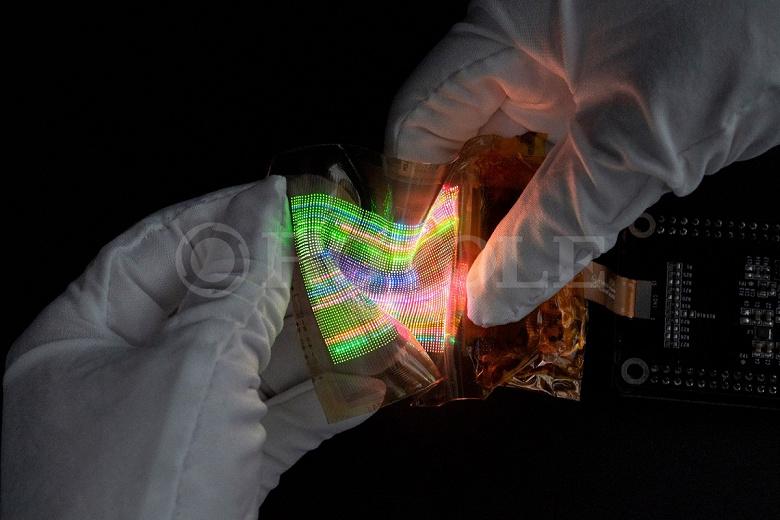 Представлены эластичные экраны micro-LED от создателей первого сгибающегося смартфона