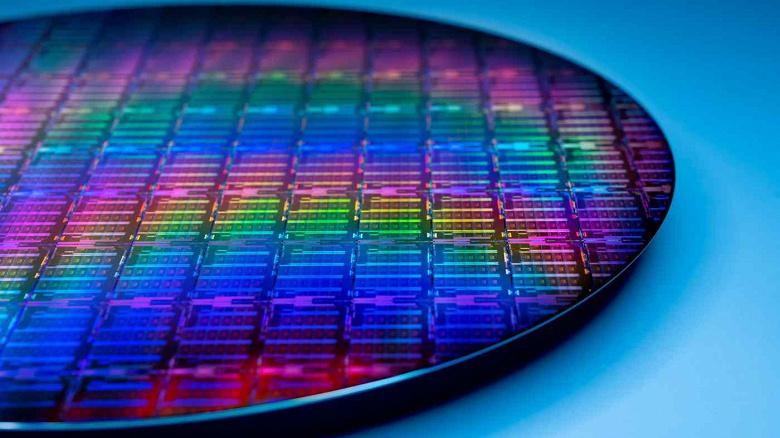 Япония тоже собирается инвестировать в развитие внутреннего производства микросхем