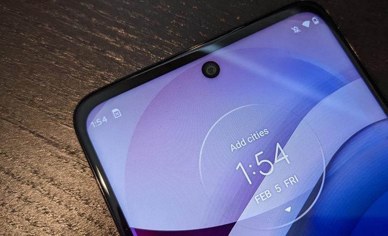 Смартфоны Motorola скоро смогут заряжаться по воздуху