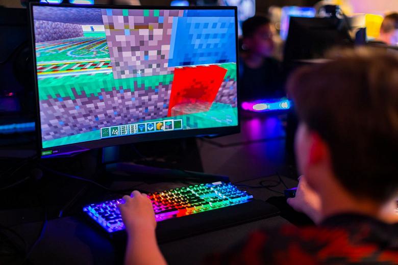 Samsung, MinecraftиRoblox. Компания использует популярные игры для поиска молодых талантов