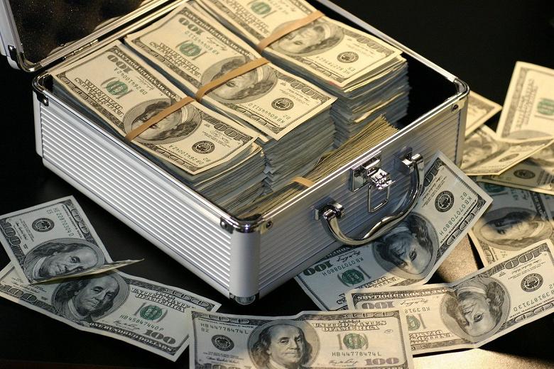Браво, ФБР! Бюро использовало собственный мессенджер, чтобы задержать 800 преступников, изъять 8 тонн кокаина, 250 единиц оружия и более 48 миллионов долларов