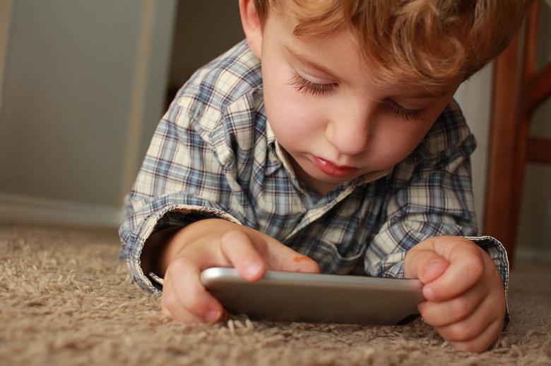 «Apple, вы обокрали меня и моего ребёнка», — мужчине пришлось продать семейный автомобиль, чтобы оплатить покупки, сделанные сыном в игре для iPhone