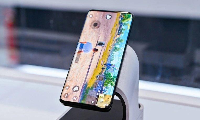 Xiaomi Mi Mix 4 и Honor Magic 3 окажутся очень похожи. Оба получат Snapdragon 888 Plus, изогнутые дисплеи и подэкранные камеры