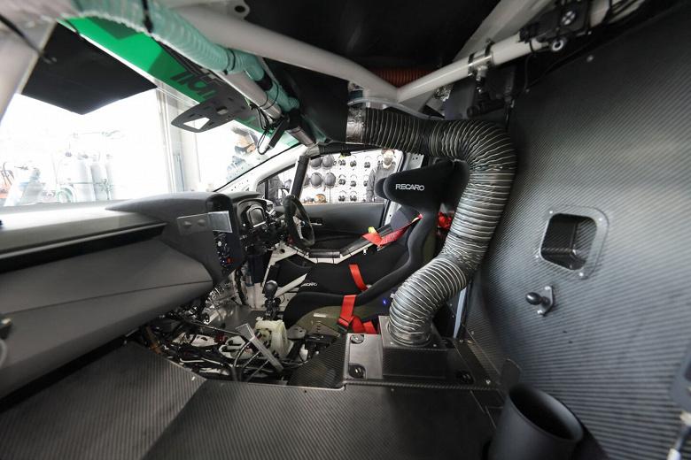 Экспериментальная Toyota Corolla с водородным ДВС успешно прошла 24-часовую гонку