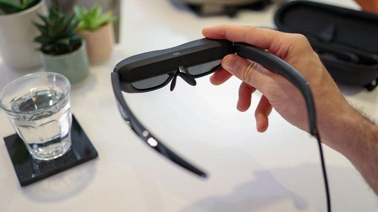 Представлены умные очки для вывода картинки со смартфона или компьютера — TCL NxtWear G