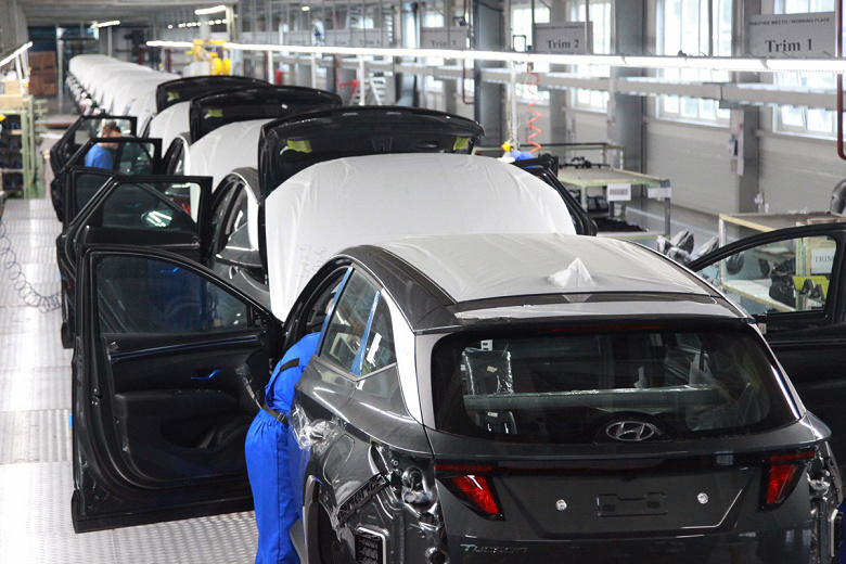 В России корейские Hyundai Tucson получили только первые покупатели: кроссовер нового поколения начали собирать на калининградском заводе «Автотор»