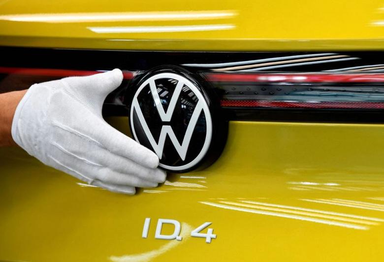 Подразделение Volkswagen планирует удвоить инфраструктуру для зарядки электромобилей к концу 2025 года