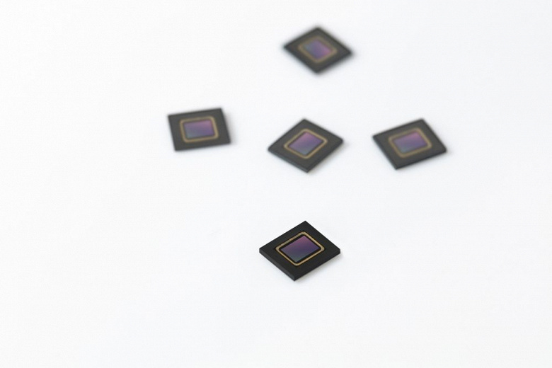 Представлен первый датчик изображения Samsung, специально созданный для автомобильных приложений