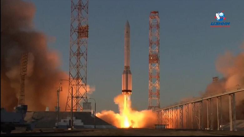 Ракета «Протон-М» вывела «Науку» на орбиту. Получено первое изображение с модуля