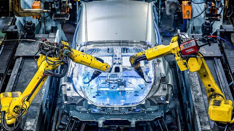 Совместно с китайским партнёром Nissan построит в Великобритании завод по производству аккумуляторных батарей для электромобилей