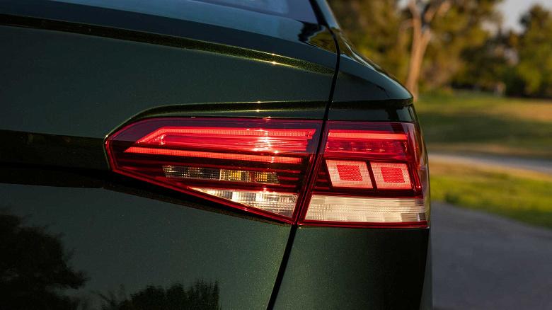Volkswagen прощается с Passat, переключаясь на электромобили в США