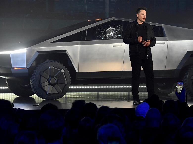 «Tesla Cybertruck может провалиться, но мне все равно», — Илон Маск не будет менять дизайн пикапа