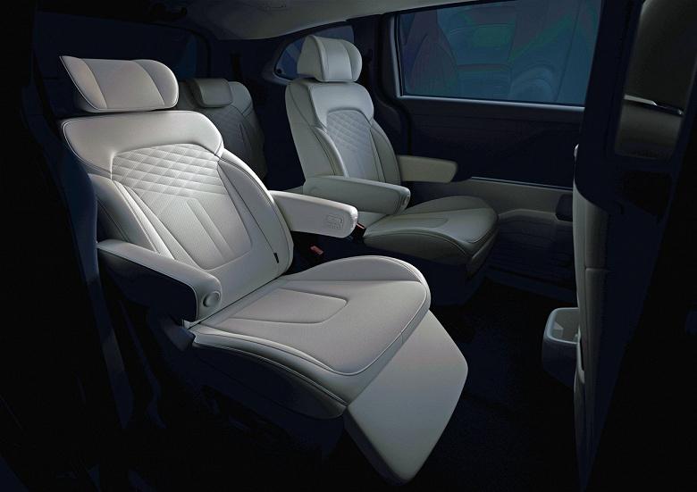 Трёхрядный Hyundai Custo с дизайном нового Tucson впервые показали внутри