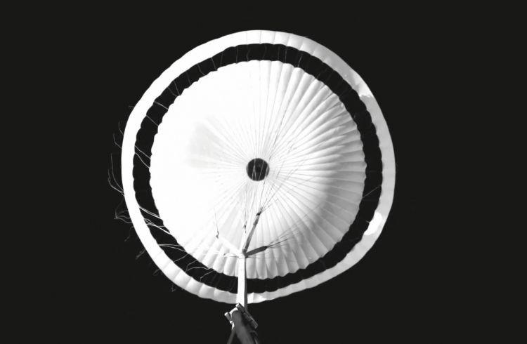 Парашют ExoMars 2022 для высадки на Марс повредился, но испытания впервые признаны успешными после неудачных попыток в 2019 и в 2020 годах