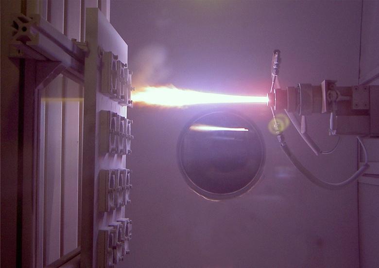 Роскосмос будет использовать плазмотрон для сжигания отходов