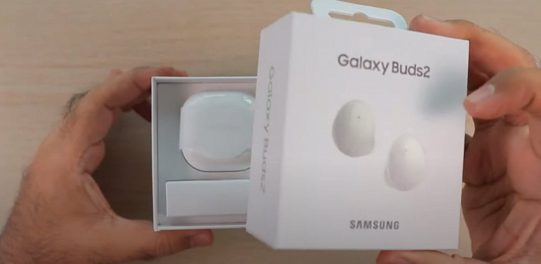 Распаковку и настройку Samsung Galaxy Buds2 показали на видео