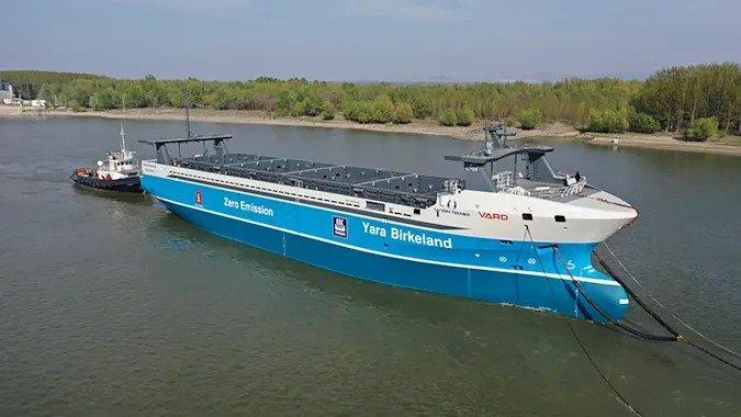 Первый электрический грузовой корабль без экипажа отправился в свой первый рейс в этом году