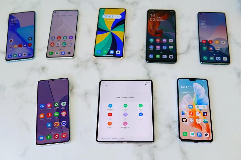 Samsung не рассказала об очень интересной функции Galaxy Z Fold3 и Flip3: они стали первыми сгибающимися флагманами с поддержкой Mutual Transmission Alliance