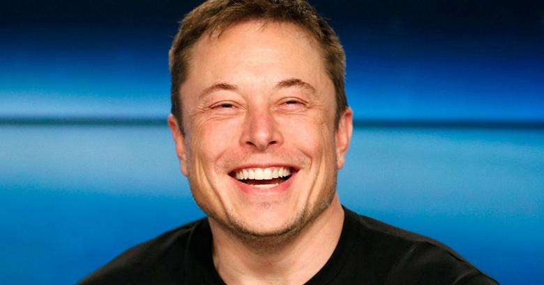 Илон Маск: «Бесос ушёл на пенсию, чтобы продолжить работать и подавать иски против SpaceX»
