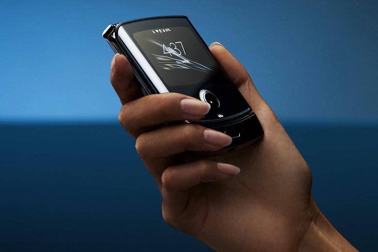 Единственная альтернатива Samsung Galaxy Z Flip. Motorola Razr обновили до Android 11