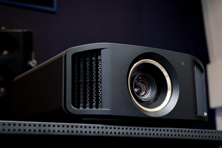 Домашний проектор Victor D-ILA стоит как неплохой автомобиль