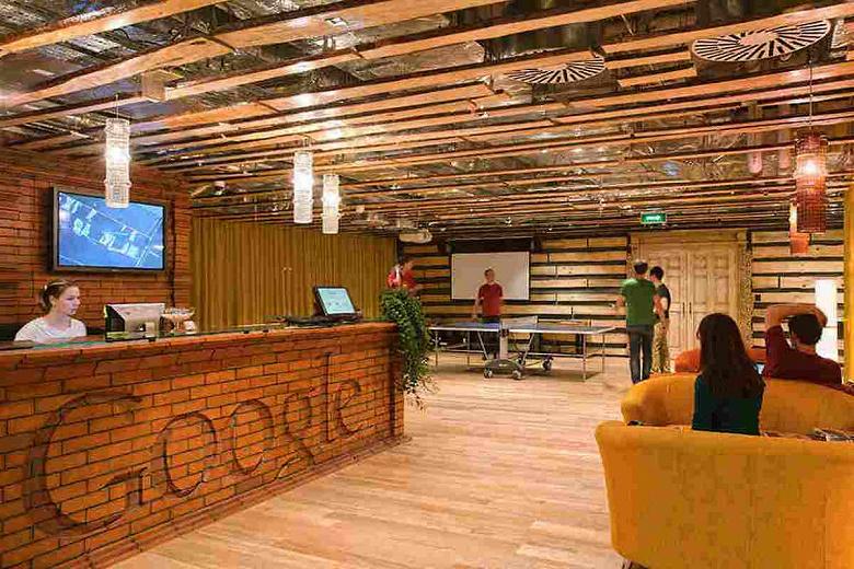 «Ok, Google, где Google?», — в московский офис компании безуспешно наведались судебные приставы