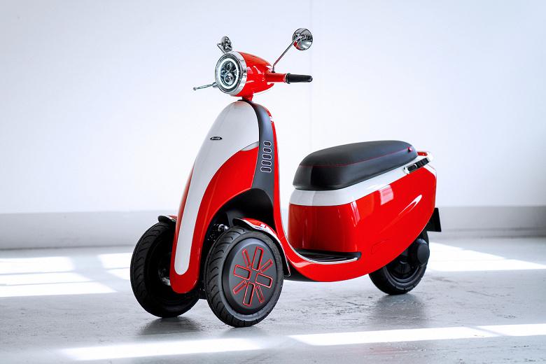 Трехколесный электрический скутер Microletta может проехать без подзарядки 100 км
