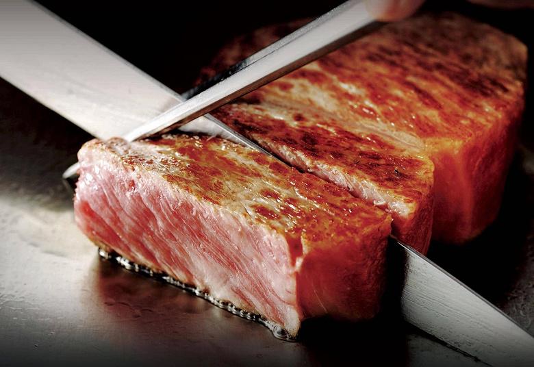 В Японии начали печатать мраморную говядину Вагю на 3D-принтере