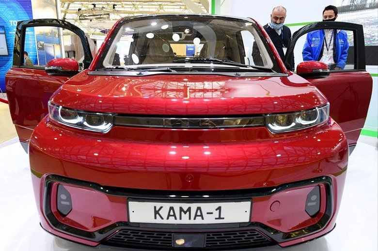 """Later and more expensive: KamAZ clarified the timing of the release of the electric crossover """"Kama-1"""""""