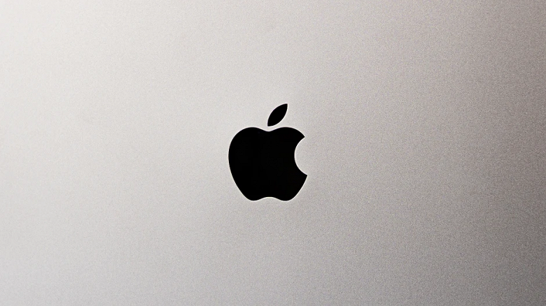 Apple хочет удержать своих сотрудников до и после праздников: работникам Apple Store и AppleCare выплатят бонусы до 1000 долларов